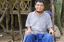 アジアの必要とする人々に愛と希望の車いすを 希望の車いす